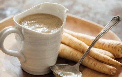 Roasted Garlic and Parsnip Vegan Gravy