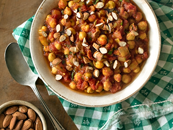 Slow cooker moroccan spiced chickpeas