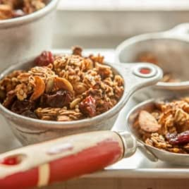 Whole Grain and Pumpkin Seed Granola