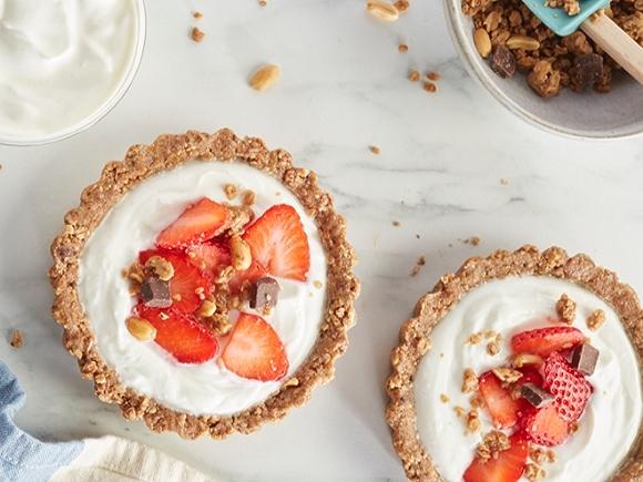 Low-sugar strawberry dessert