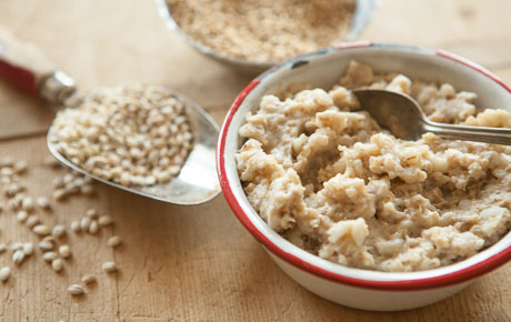 Slow Cooker Honey-Vanilla Multigrain Hot Cereal
