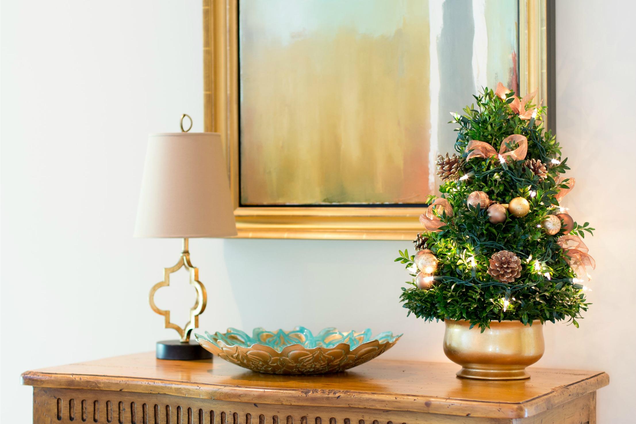 holiday decorations mini tree