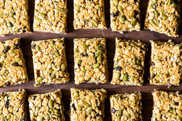 5 Minute, No Bake Granola Bars