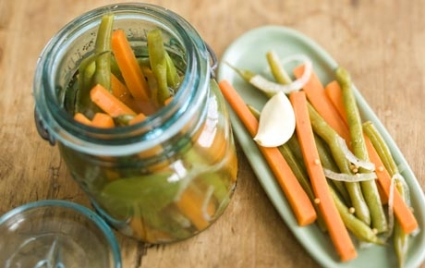 Pickled Cajun Green Beans and Carrots