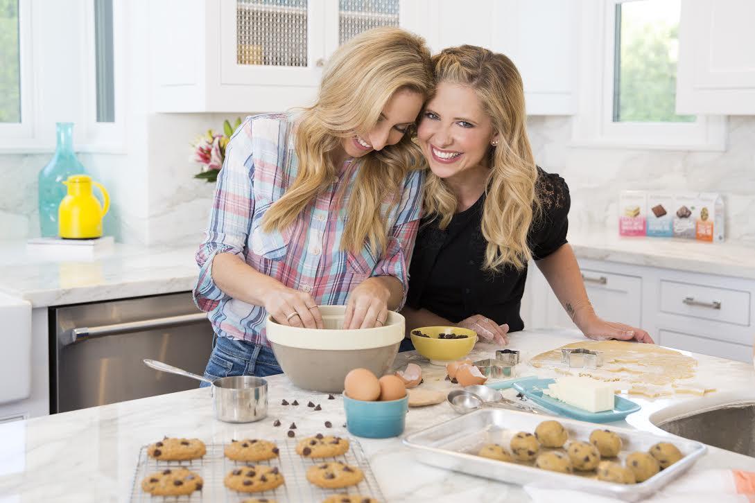 Sarah Michelle Gellar Galit Laibow Foodstirs baking