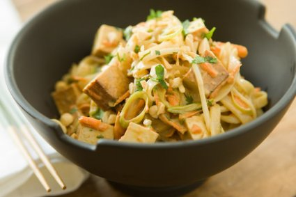 Quick Noodle Salad with Tofu and Vegetables