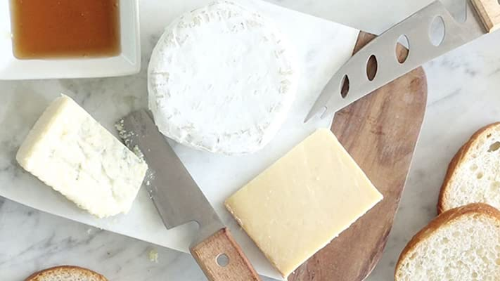 5 Things Everyone Should Know About Brie Cheese Whole Foods Market
