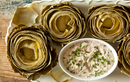 Steamed Artichokes and Creamy Walnut Dip