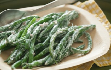 Green Beans with Tangy Shallot-Yogurt Dressing