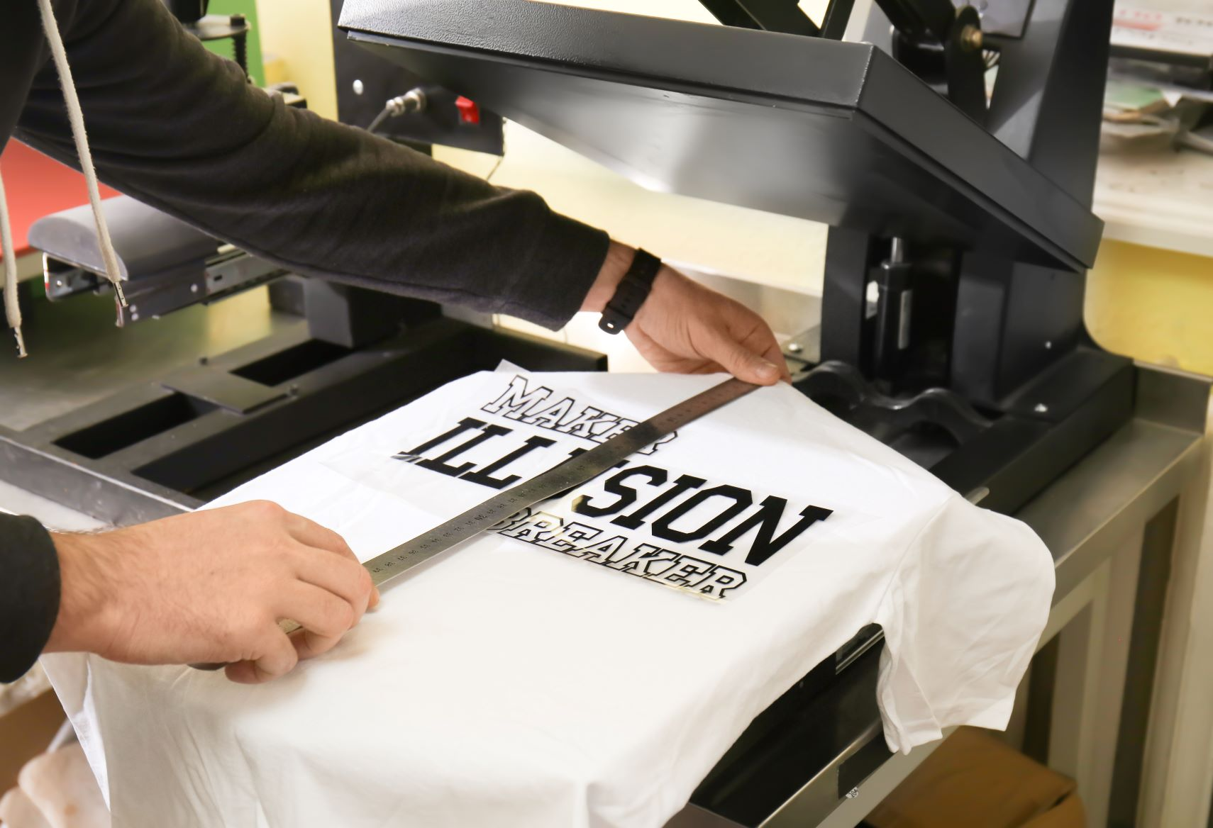 Whether For T-Shirts or Gifts, These Are The Best Screen Printing Machines To Get