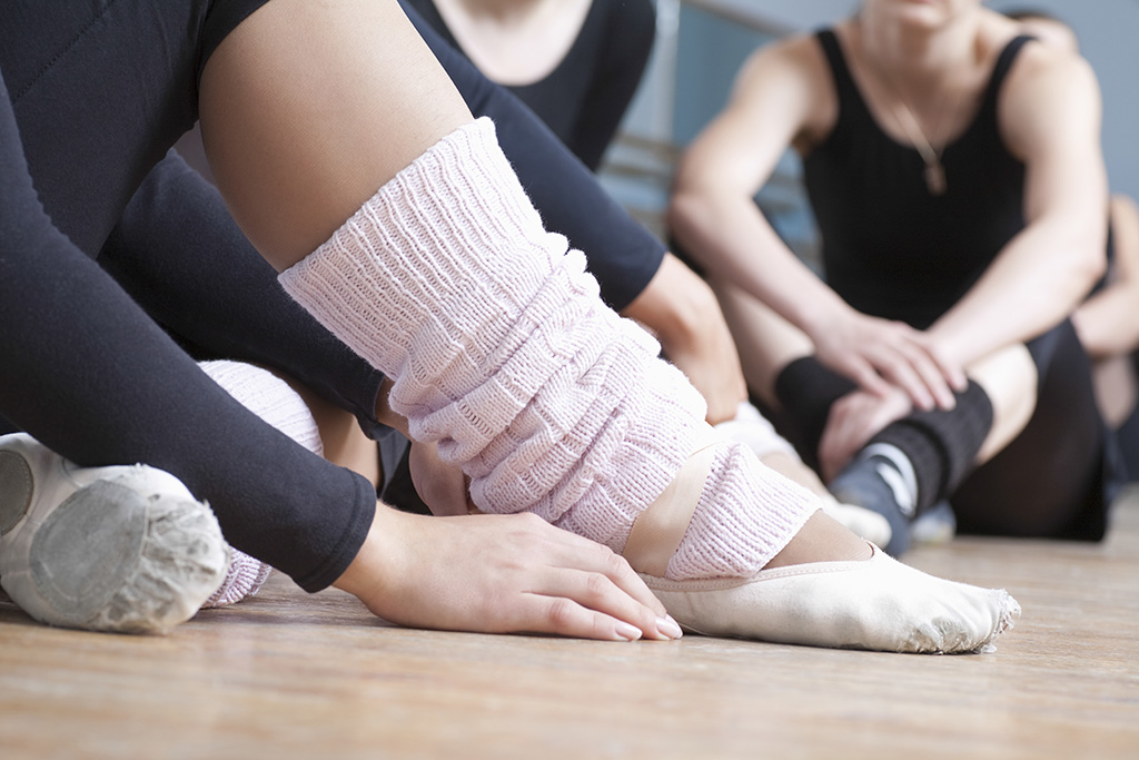 The Best Leg Warmers for Dance Class, Yoga & More
